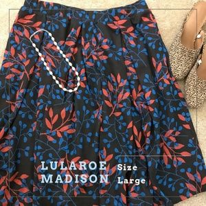 BEAUTIFUL LuLaRoe Madison Skirt w/ Pockets!